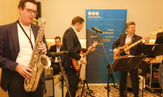 "Die GIM Band rockt den ""Insight""-Kongress"